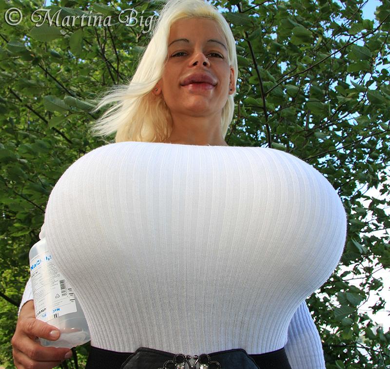 Nude martina big Martina Big