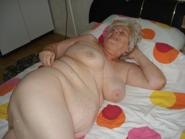 chubby begs